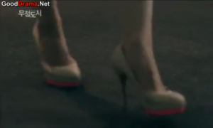 Cruel City - You gain my respect if you can run like that... in this shoes! Bravo!